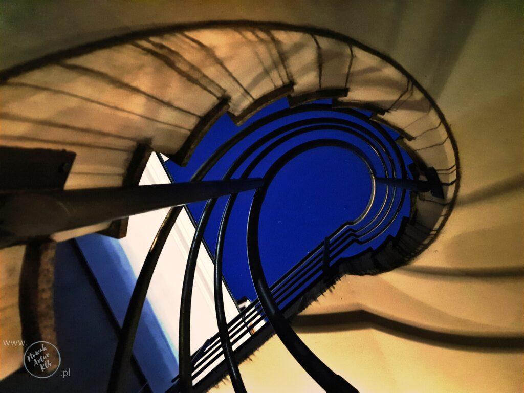 "Schody na balkon ""Pod Arkadami"""